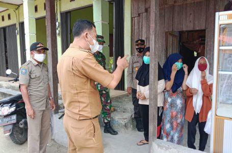 Koramil 04 bersama Muspika Kecamatan Salang Himbau Warga Taati Prokes