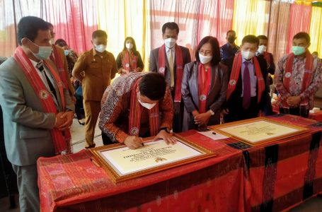 Pada acara HUT KMM ke-12, dilakukan penandatanganan prasasti kantor cabang yang baru untuk 2 kantor di Samosir.:kantor cabang ke-159 di Kecamatan Sitiotio dan ke-160 di Ambarita, yang ditandatangani Bupati Samosir Vandiko Timotius Gultom ST.