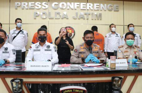 Polda Jatim Gagalkan Penyelundupan Ribuan Benih Lobster Jenis Pasir dan Mutiara