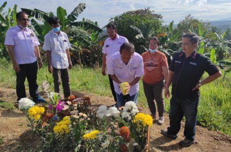 SMSI Tabur Bunga di Pemakaman Alm Marsal Harahap