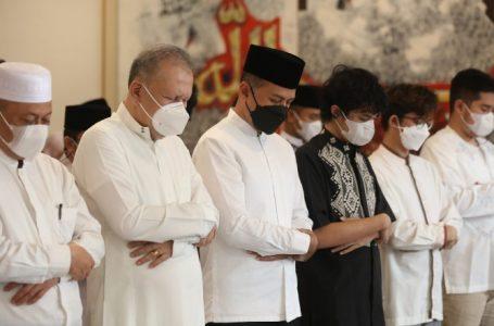 Gubernur dan Wagub Sumut Laksanakan Salat Iduladha di Rumah