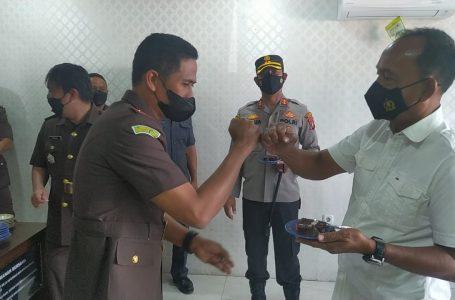 Kapolres Samosir Ucapkan HUT Adhyaksa ke- 61 dan HUT Kajari Samosir