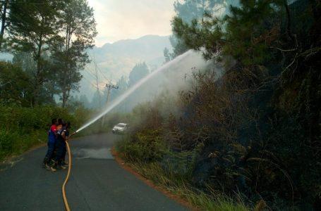 Tim Damkar Kecamatan Bintang Berhasil Padamkan Api