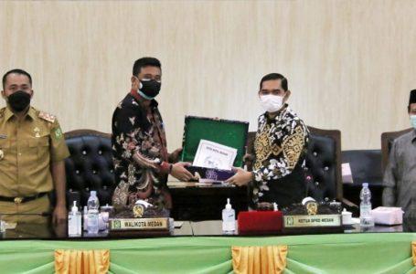 Perwakilan 8 Fraksi di DPRD Medan akhirnya DPRD Setujui RPJMD Tahun 2021-2026