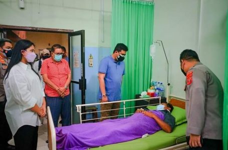 Wali Kota Medan Besuk Korban Penembakan Julianus Simanungkalit di RS Bhayangkara