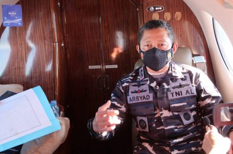 Terbang di atas Laut Natuna Utara, Pangkoarmada I Pastikan 4 Kapal Perang RI ada Disana