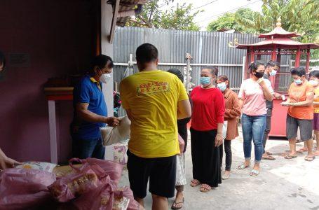 Peringati HUT ke 22, Vihara Thai Seng Hutco Kembali Bagikan 268 Paket Sembako ke Masyarakat