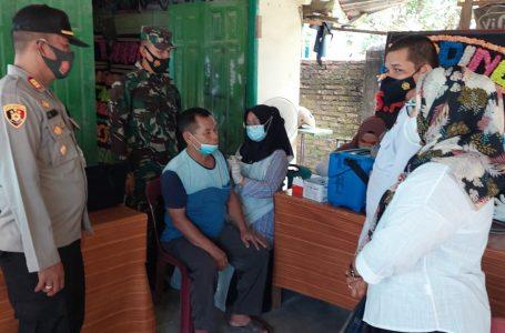 Polres Asahan Gelar Vaksinasi Merdeka di Desa Prapat Janji